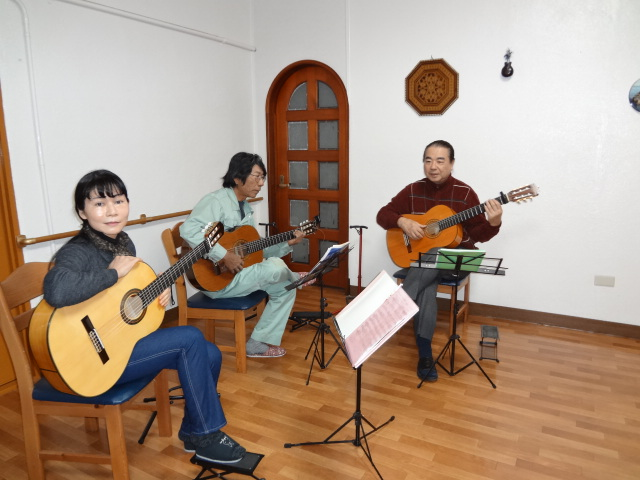 照屋フラメンコギター教室